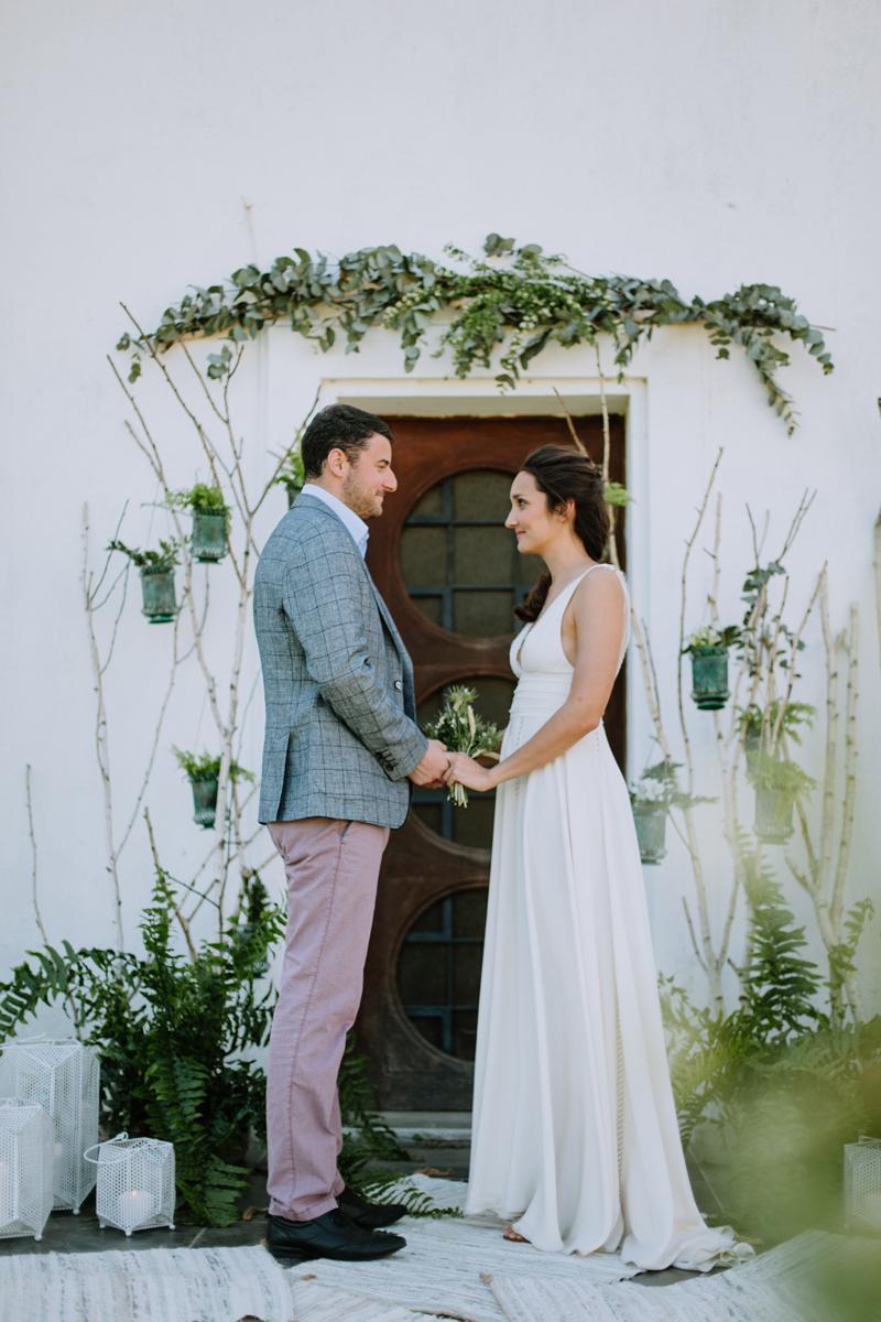 Décoration végétale et bucolique en feuillage de lierre et eucalyptus d'un mariage sur Bordeaux et la Gironde.