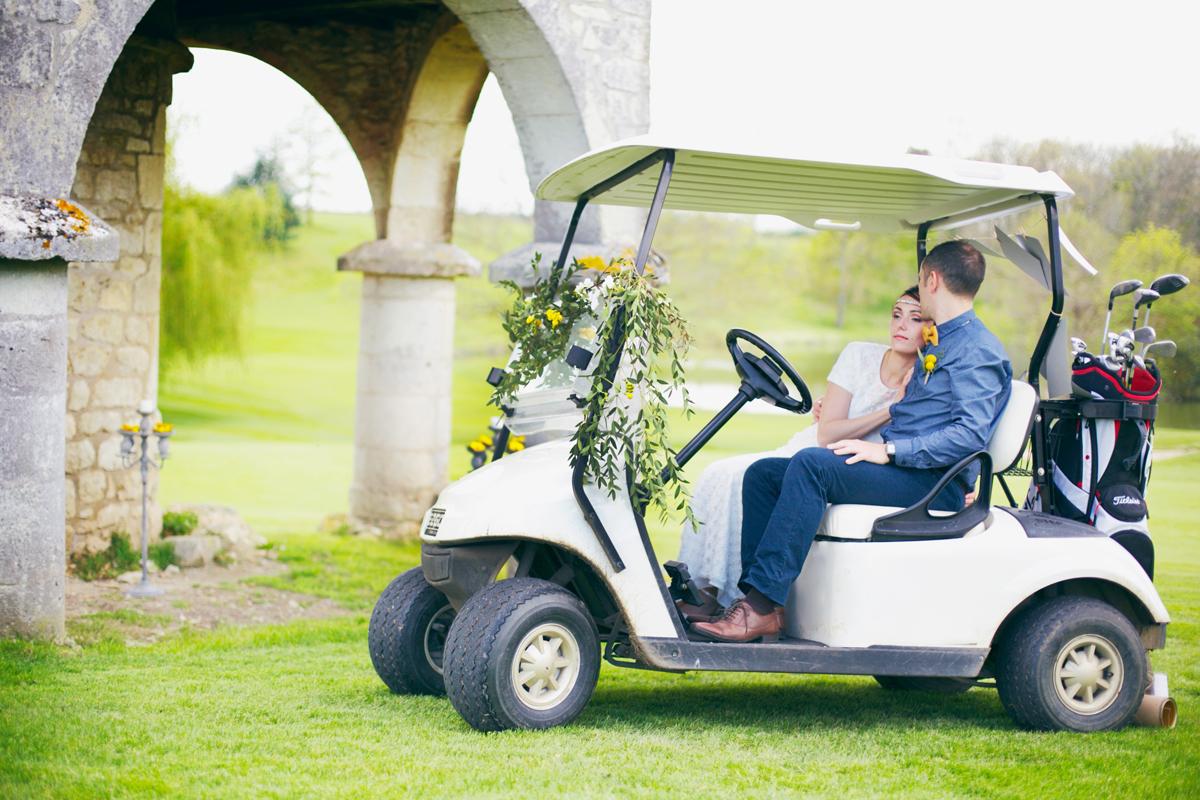 Animation golf au Château des Vigiers lors d'un mariage en Dordogne.