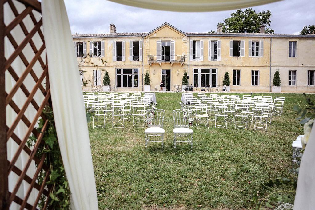décoration mariage élégant bordeaux