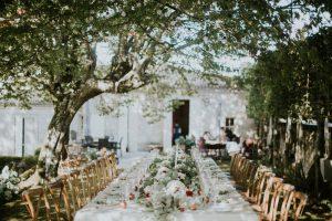 Magnifique Décoration De Luxe De Cette Table D'honneur En Fleurs Bohème.
