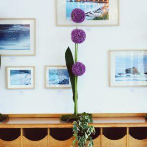 Fleur Original Et Violette Pour Un Mariage Hindou Et Une Décoration Florale.