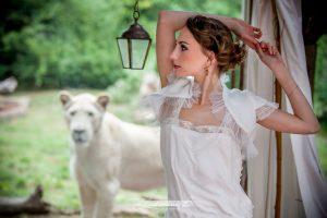 Robe De Mariée Pour Un Mariage Sur Le Thème Safari.
