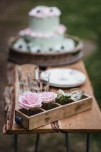 Décoration Simple En Fleur De Mariage Bohème Chic Au Printemps.