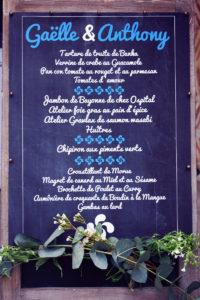 Menu De Mariage En Fleur Blanche De La Ferme Inharria Par Elisabeth Delsol.