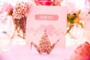 Déco En Origami De Mariage Zen Nature Avec Les Fleurs D'Elisabeth Delsol.
