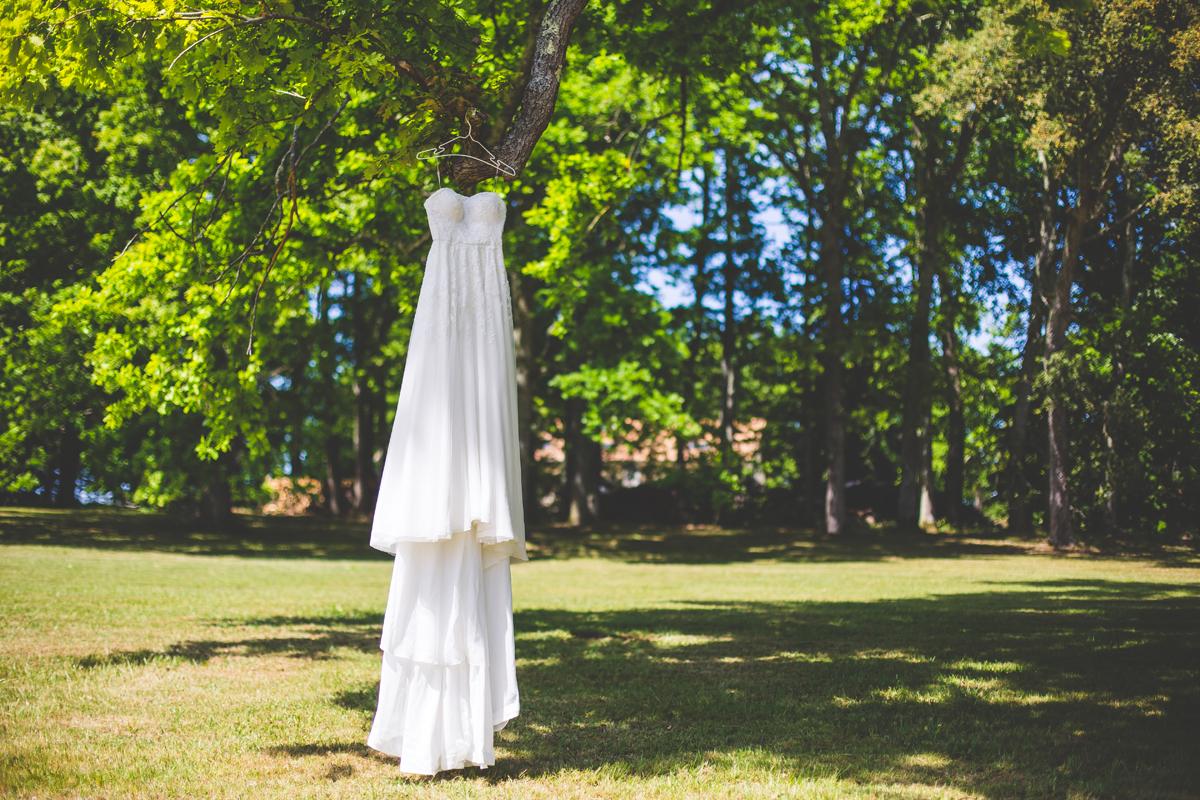 Robe de mariée d'un mariage zen nature dans un Château et lieu de réception de Bordeaux et de Gironde.