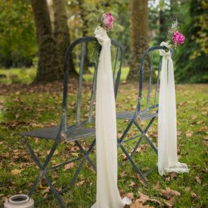 Déco En Rose Romantique Des Chaises De Mariage.