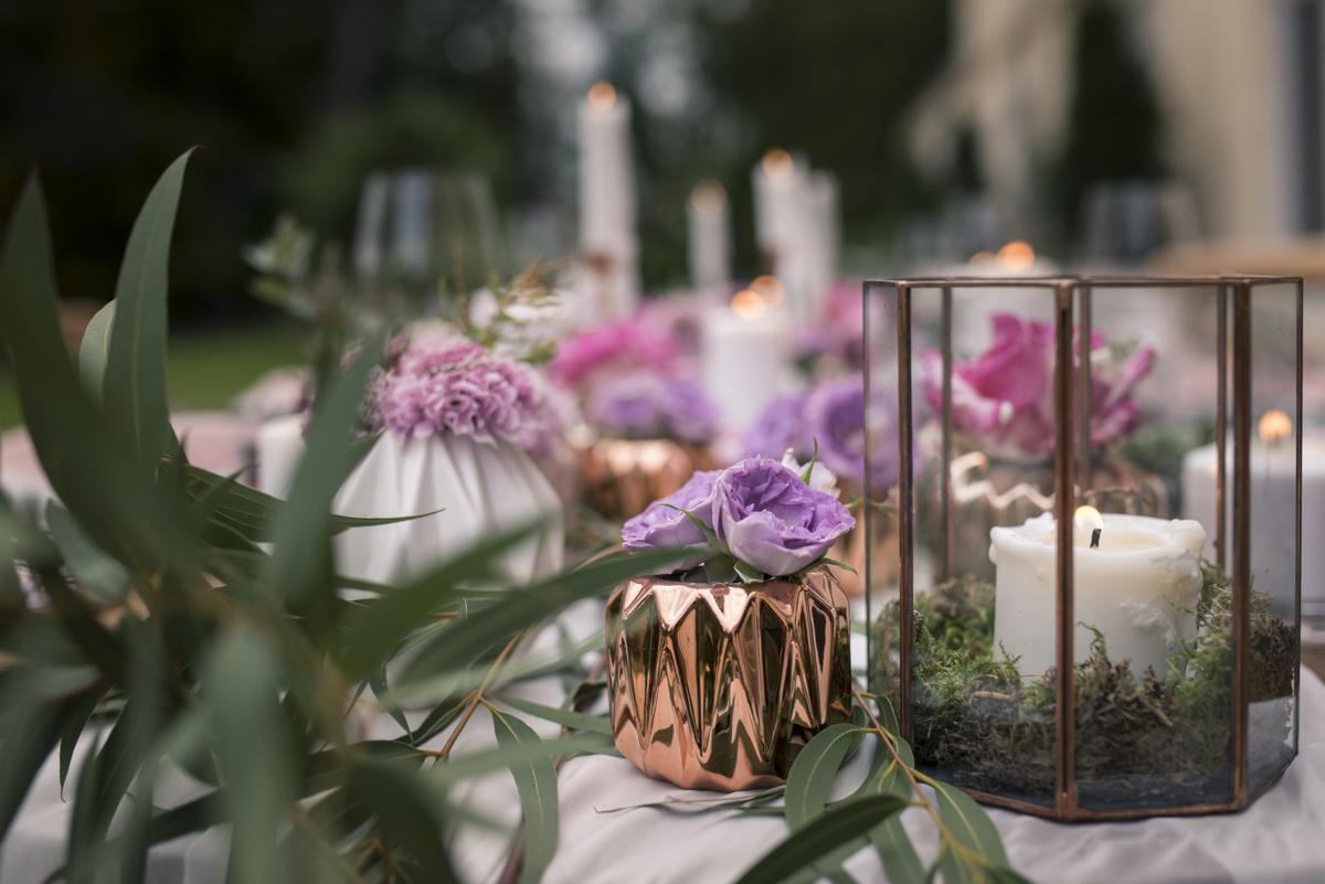 Composition florale bohème et romantique de mariage par Elisabeth Delsol.