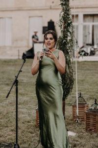 Discours De La Demoiselle D'honneur Pendant La Réception En Extérieur De Ce Mariage En Aquitaine.