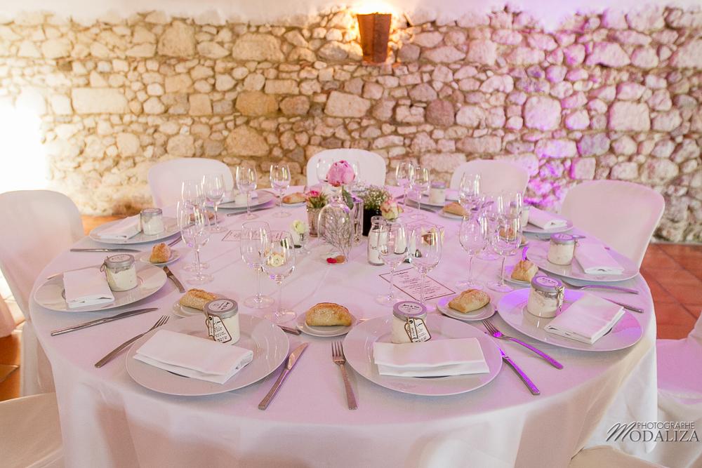 Décoration et centre de table de salle de mariage champêtre sur Bordeaux.