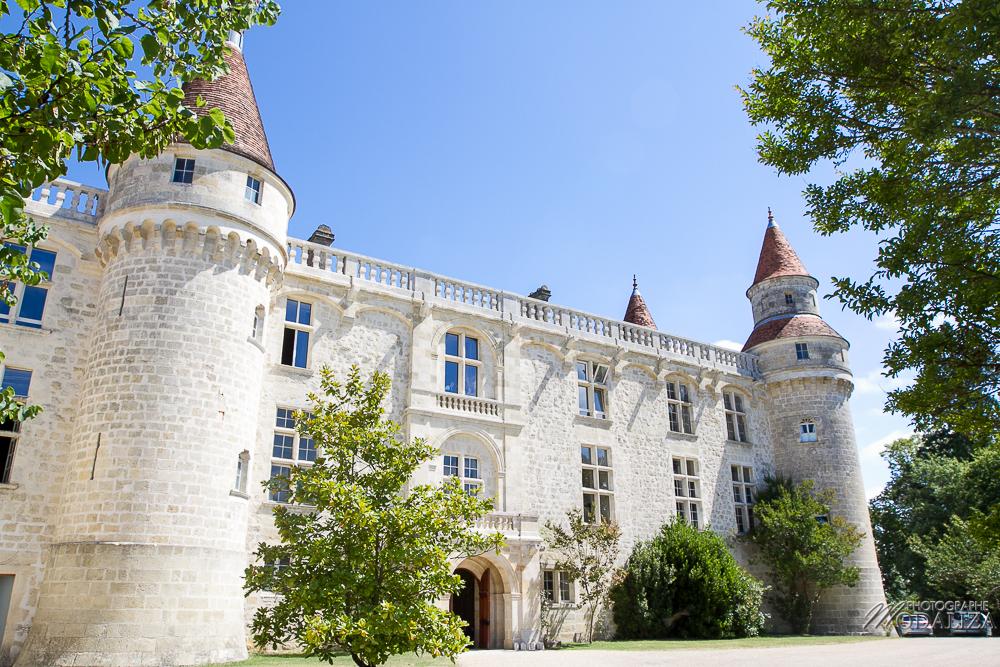Le Domaine de la Dame Blanche pour un mariage champêtre à Bordeaux avec déco et fleur d'Elisabeth Delsol.