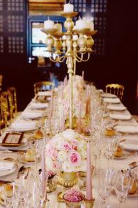 Mariage Château Agassac Avec Une Décorationet Des Bouquets De Roses Au Thème élégant Et Romantique Par Elisabeth Delsol.