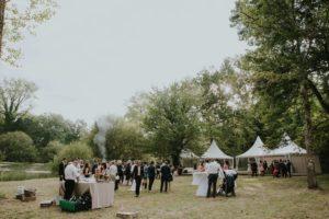 Extérieur Et Jardin De Ce Lieu De Réception Atypique De Mariage En Aquitaine.