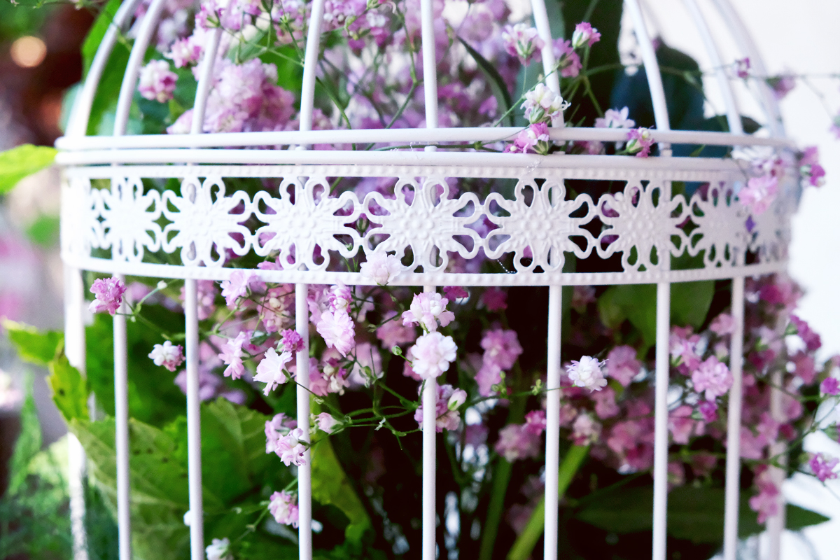 Composition florale baptême : une décoration au style original sur Bordeaux et la Gironde.