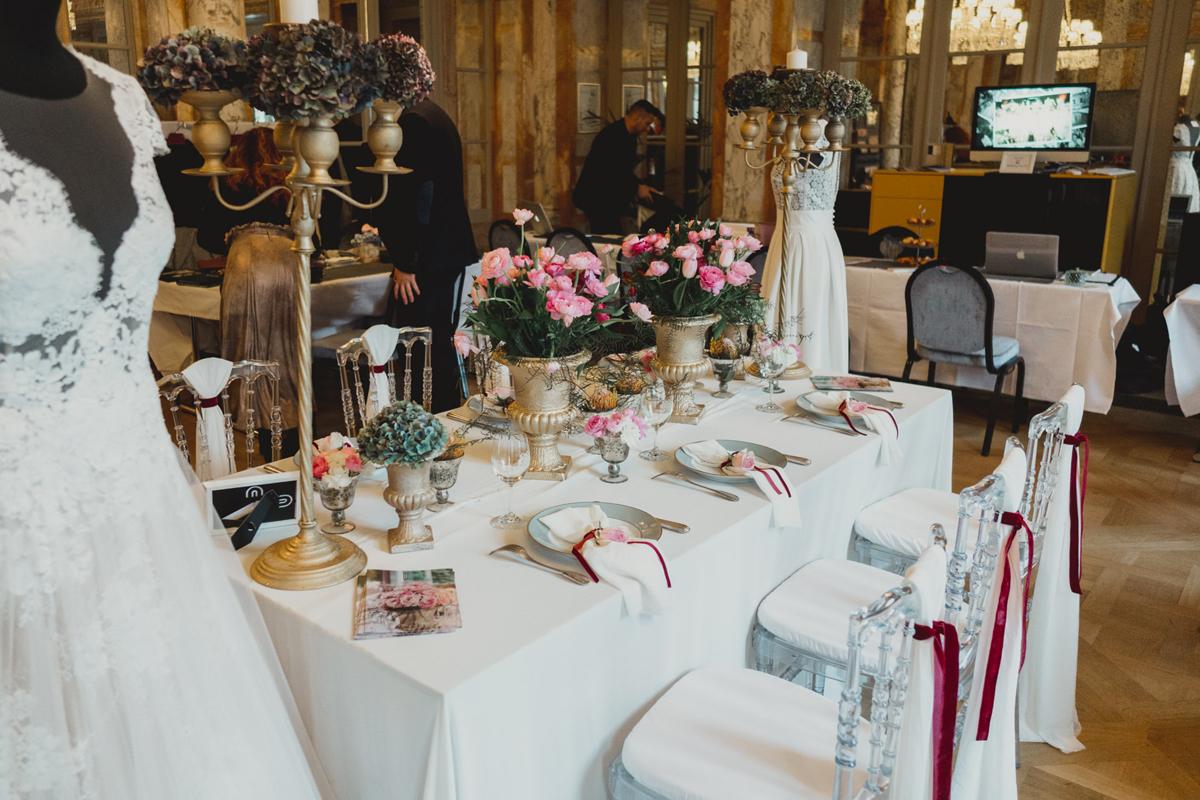 Déco stand salon du mariage avec la décoratrice Elisabeth Delsol.
