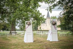Décoration De Cérémonie De Mariage Simple Et Chic Par Elisabeth Delsol.