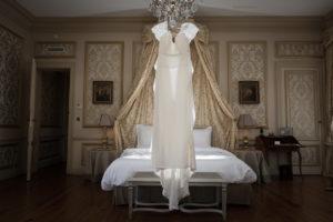 Robe De Mariée De Ce Mariage En Juin.