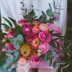 Composition Florale Renoncule Par Elisabeth Delsol.