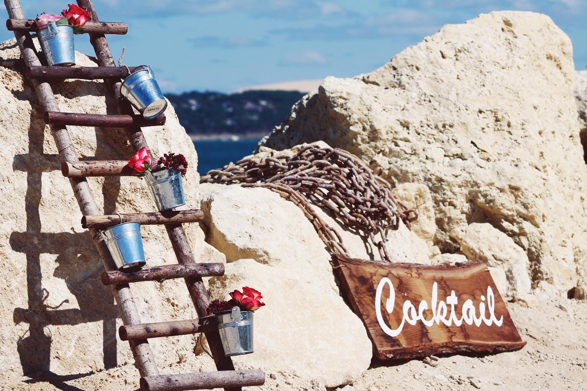 Décoration de mariage champêtre chic au Cap Ferret par la décoratrice Elisabeth Delsol.