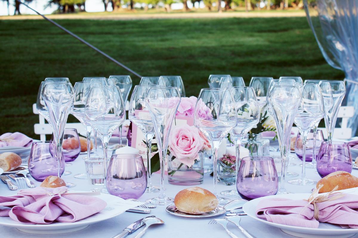 Centre de table de mariage chic et élégant par Elisabeth Delsol.