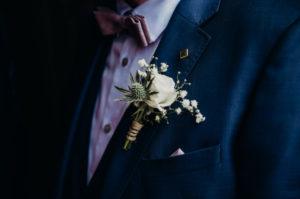 Boutonnière De Mariage En Fleur Par D'une Décoration Florale D'Elisabeth Delsol.