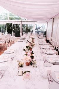 Chapiteau De Mariage à La Villa La Tosca à Arcachon Avec Une Décoration Et Des Fleurs D'Elisabeth Delsol.