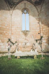 Arche De Mariage Bohème D'une Décoration De Cérémonie Laïque.