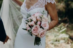 Bouquet De Mariée Champêtre Pour Une Déco En Fleur De Mariage.