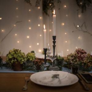 Centre De Table En Hortensia Lors De Mariage Romantique Et Champêtre.