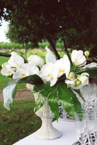 Composition Florale De Printemps Aux Bouquets Champêtre Chic.