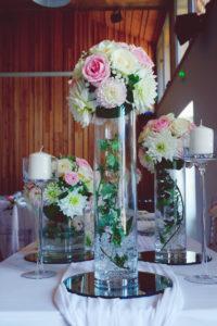 Décoration Lierre Mariage D'un Centre De Table Et Composition Florale De Réception.
