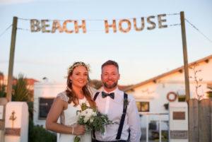 Un Mariage Au Restaurant Le Beach House à Anglet Au Pays Basque Près De La Mer.