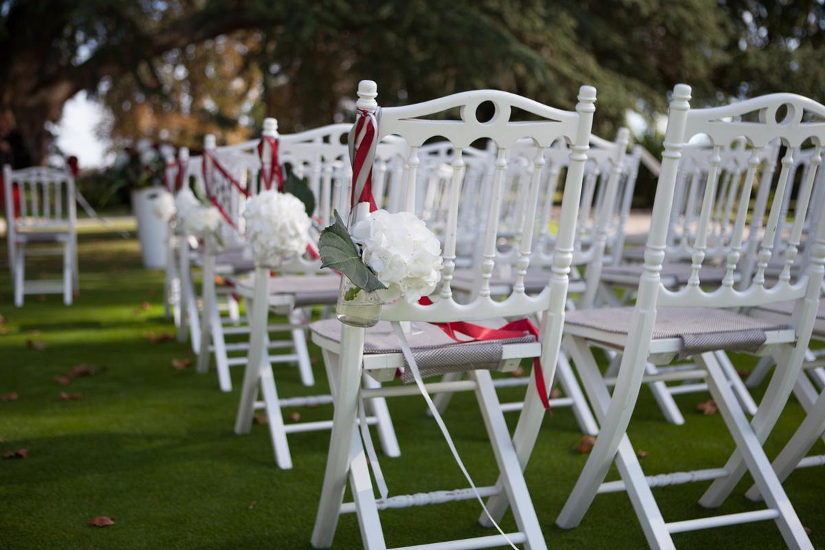 Fleurs du mois de mai pour mariage et événement champêtre et bouquet de décoration en hortensia.