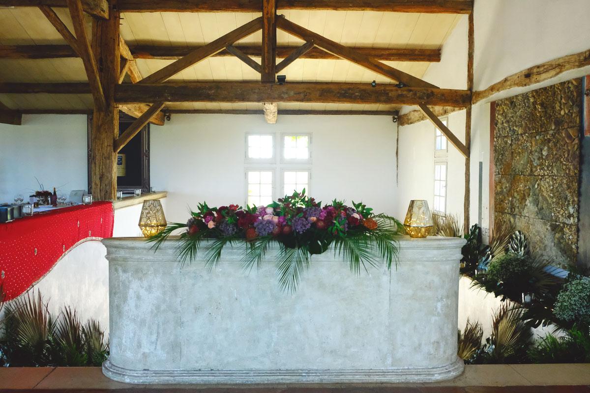 Château Smith Haut Lafitte mariage et décoration de la salle de réception avec élégance.