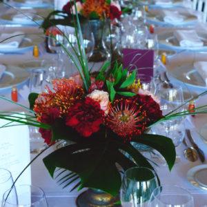 Décoration En Fleurs Des Tables De La Salle Du Château Smith Haut Lafitte.