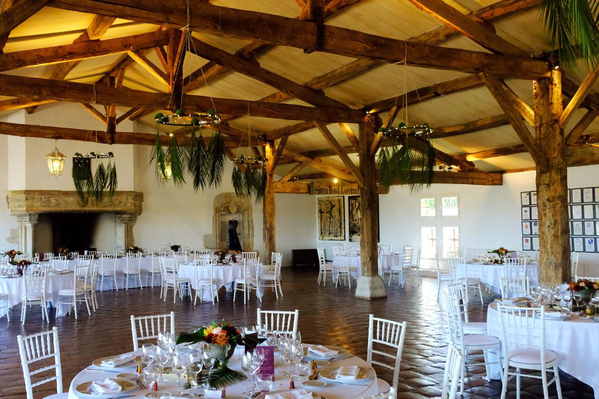 Château Smith Haut Lafitte mariage et décoration des tables au style chic et bohème.