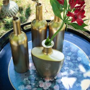 Vase Bouteille En Verre Mariage Et Décoration En Fleur Chic Et Bohème De Cocktail De Réception.