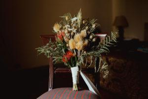 Décoration Mariage En Fleurs Séchées Et Un Bouquet De Mariée Magnifique, Bohème Et Naturel.