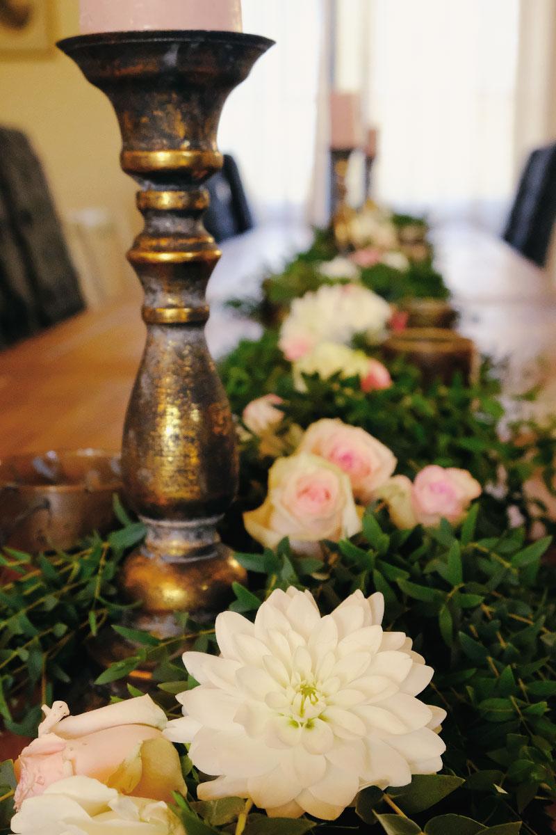Le Château de Garde à Moulon et ma décoration de réception en fleurs champêtres.