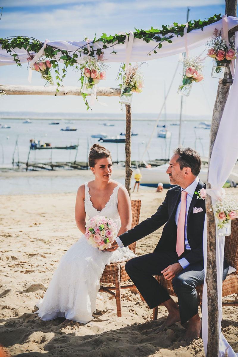 Décoration en bord de mer de mariage romantique chic sur Bordeaux, le Cap Ferret et Arcachon.