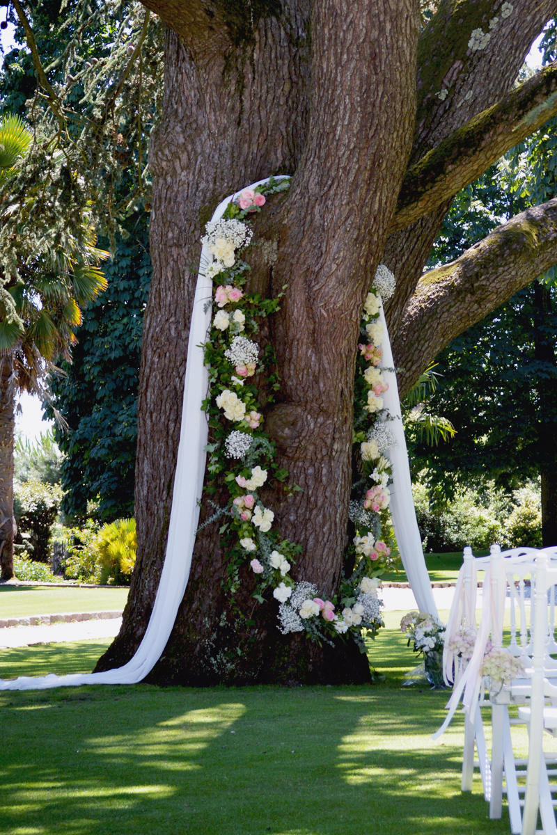 Elisabeth Delsol : Décoratrice florale de mariage et événement professionnel sur Bordeaux, le Pays Basque et le Sud Ouest de la France.