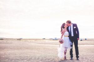Mariage à La Plage Romantique Dans La Nature De Biarritz, Du Pays Basque Et Du Sud Ouest.