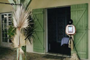 Photobooth De Mariage Dans Une Maison D'Arcachon Et Du Cap Ferret Sur Un Style Bohème Chic.