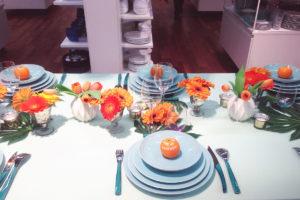 Décoration Et Centre De Table Dans Un Magasin Et Boutique Pour Une Fête En Fleur Champêtre.