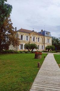Le Château De Garde à Moulon En Lieu De Réception De Mariage.