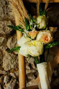 Bouquet De Mariée Atypique En Rose, Fleurs Séchées Au Thème Bohème.