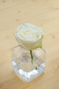 Soliflore De Rose Blanche En Déco Florale De Mariage.